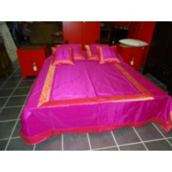 Letto parrure broccato Rosa bordo saree