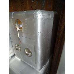 grande statua di pietra Devdasis